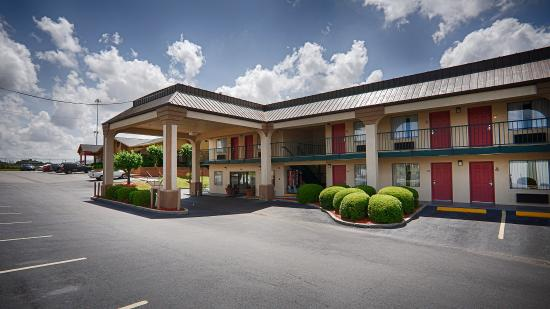 Photo of BEST WESTERN Ashburn Inn