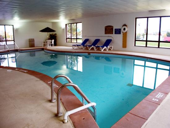 Garden Inn And Suites: Indoor Pool Pictures Gallery