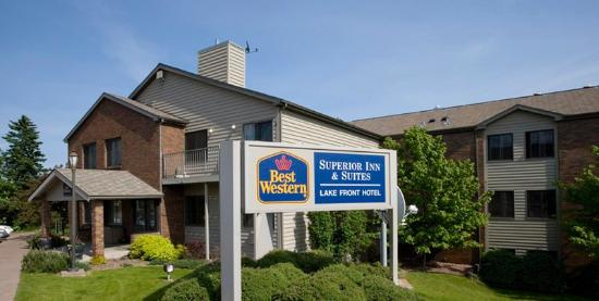 BEST WESTERN Plus Superior Inn & Suites: Exterior