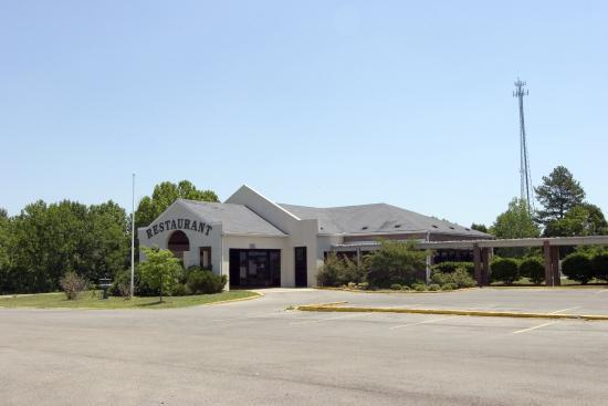 Oak Tree Inn: Restaurant