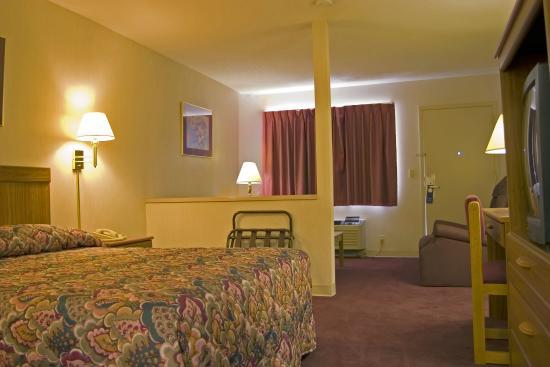 Harrisonville Inn and Suites