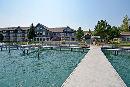 KwaTaqNuk Resort & Casino: Hotel Exterior - Dock