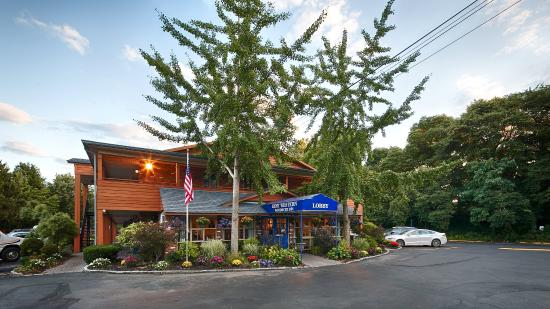BEST WESTERN Woodbury Inn
