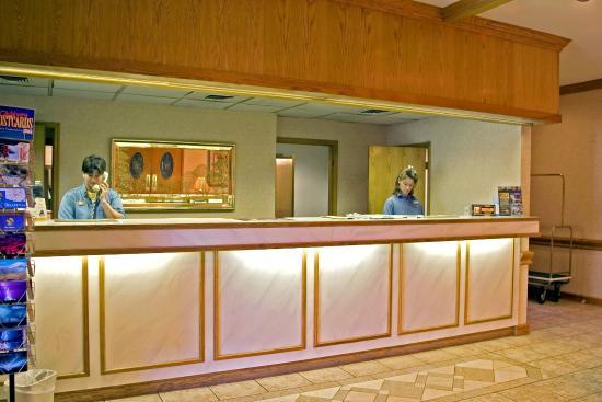Quality Inn Bartlesville : Front Desk