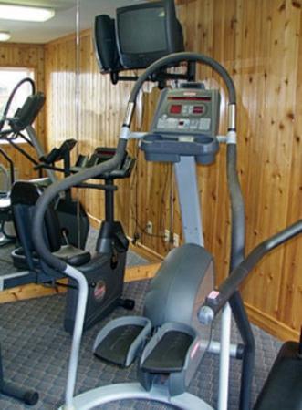 GuestHouse Vineyard Inn McMinnville: Fitness Room