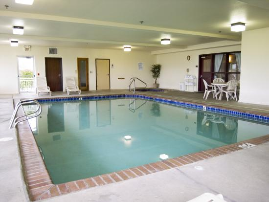 The Ashley Inn of Tillamook: Indoor Pool
