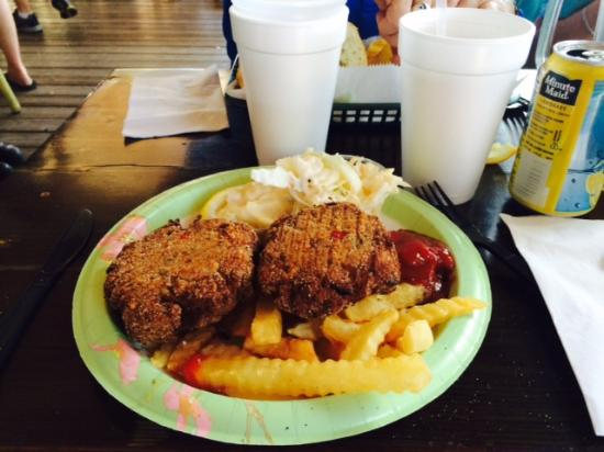 Miss Vicki's On the River: Crab Cakes