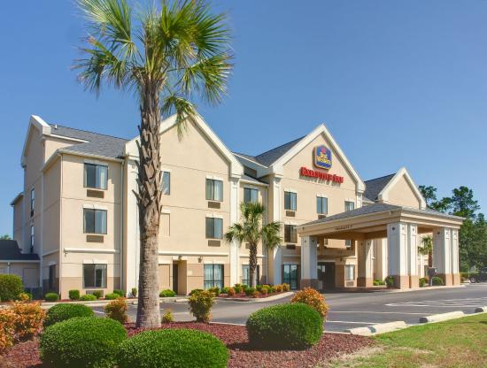 Photo of BEST WESTERN Executive Inn Latta