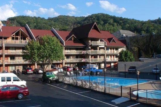 Crossroads Inn and Suites : The BEST WESTERN Crossroads Inn