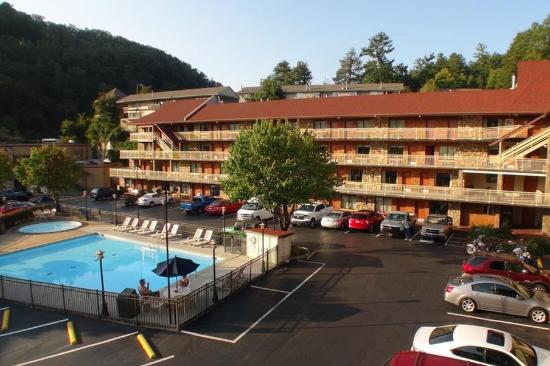 Crossroads Inn and Suites : Exterior