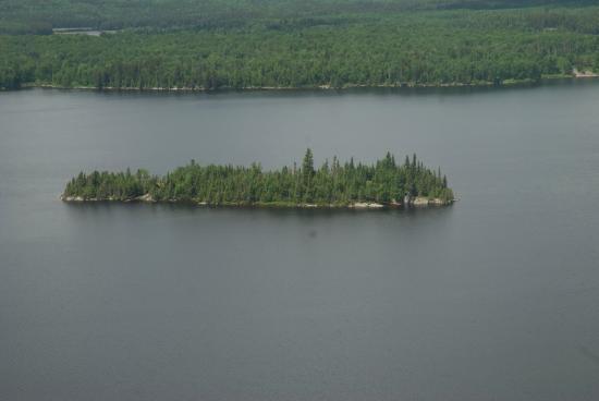 Loch Island Lodge: Otter Island!