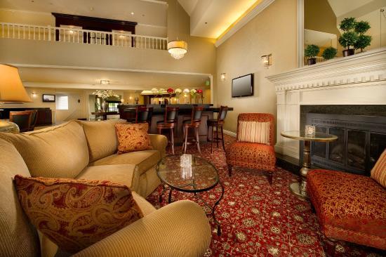 BEST WESTERN PREMIER Plaza Hotel & Conference Center: Hotel Lobby