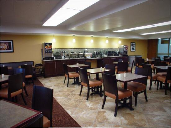 BEST WESTERN Executive Inn: Breakfast Area