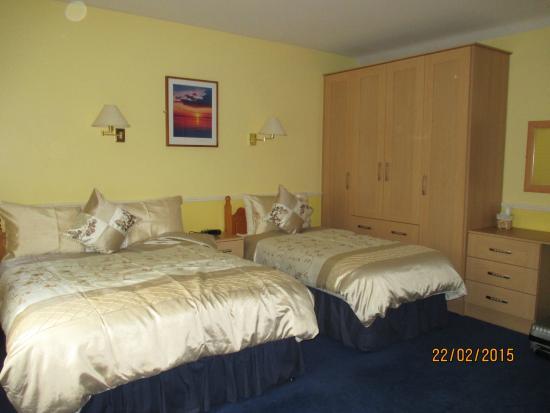 Avlon House Bed and Breakfast: bedroom