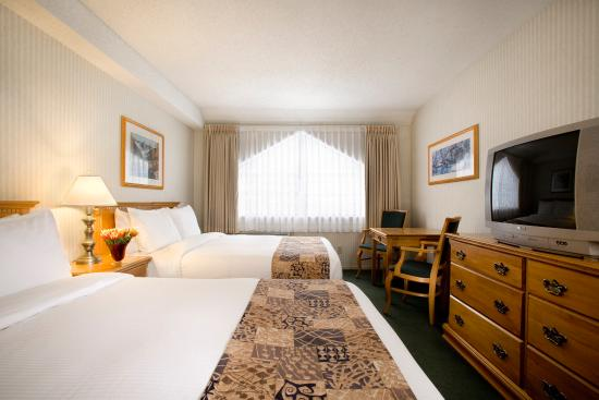 The Listel Hotel Whistler: Deluxe Room - Two Queen Beds