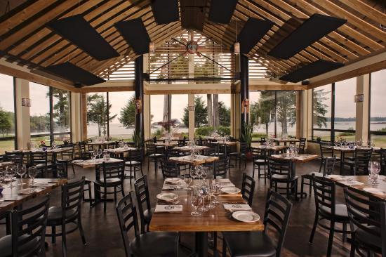 BEST WESTERN Tin Wis Resort: Beachfront Bistro Restaurant