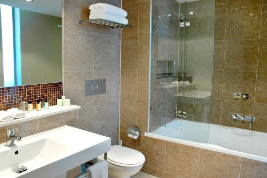 Rye Hotel One Four Nelson Deluxe Studio Suite With Spa Bath