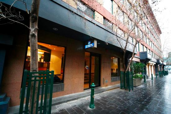 Photo of Best Western Riverside Apartments Melbourne
