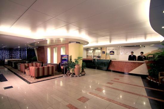 Best Western La Vinci Hotel: Lobby