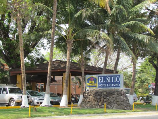 Photo of Best Western El Sitio Hotel & Casino Liberia