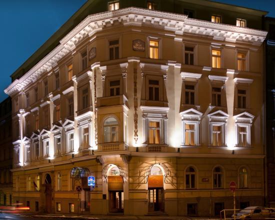 BEST WESTERN Hotel Kinsky Garden: Exterior