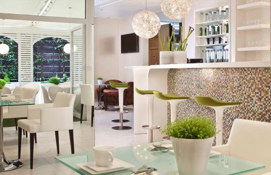 Hotel 7 Eiffel : Bar lounge