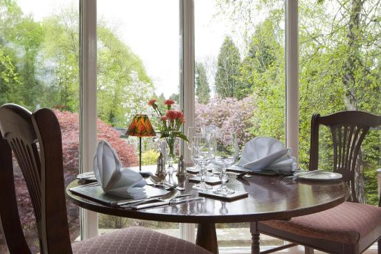 The Burn How Garden House Hotel: Dining Roomgarden