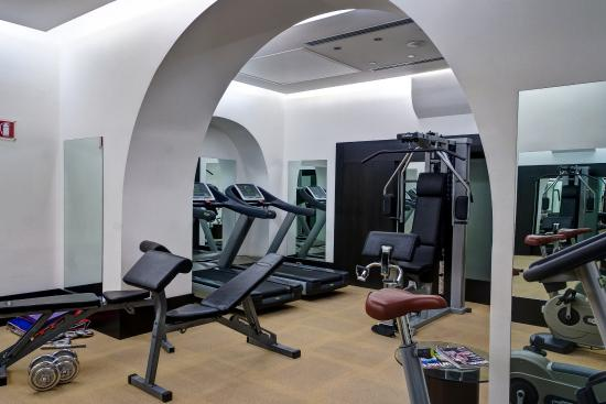 Best Western Plus Hotel Universo: Fitness Center