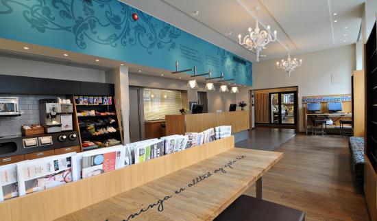 Hotell Bondeheimen : Hotel Lobby