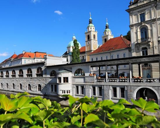 Best Western Premier Hotel Slon: Ljubljana Open Market