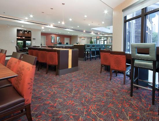 Residence Inn Los Angeles LAX/Manhattan Beach: Dining