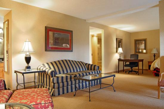 Ogle Haus Inn: Deluxe Suite