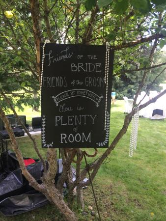 Moose Creek Ranch: Photos, old windows, chalkboard, etc. used for decorating