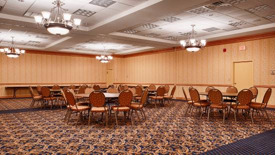 Baymont Inn & Suites Manitowoc Lakefront: Meeting Room