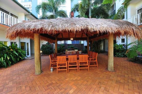 Coral Tree Inn: CTIFree BBQFacilities