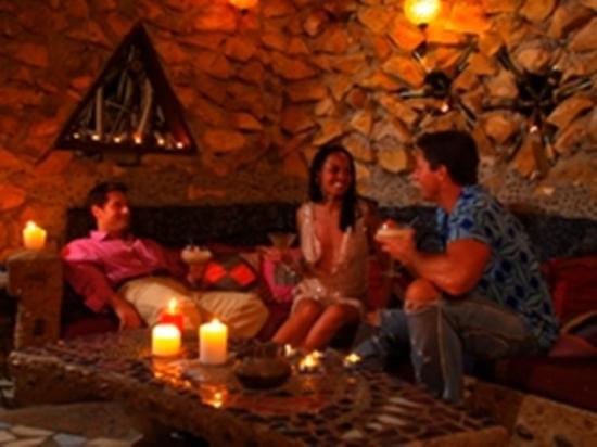Maruba Resort Jungle Spa: Bar/Lounge