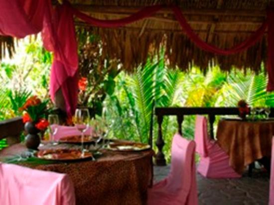 Maruba Resort Jungle Spa: Restaurant