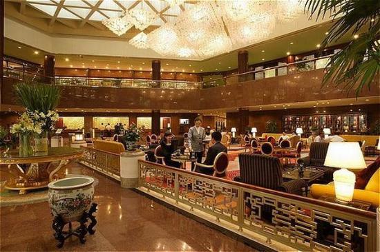 โรงแรมแคพปิตอล: Lobby View