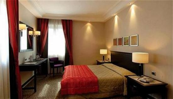 Hotel Regina Margherita - Cagliari: Guest Room
