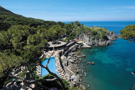 Mezzatorre Resort and Spa: Outdoor pool