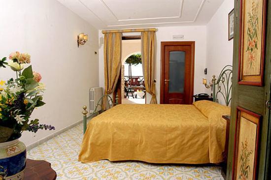 Hotel Il Girasole: Pasitea G