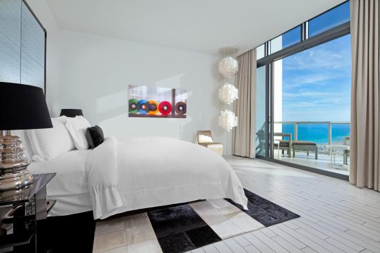 W South Beach: Penthouse Wow Suite Master Bedroom