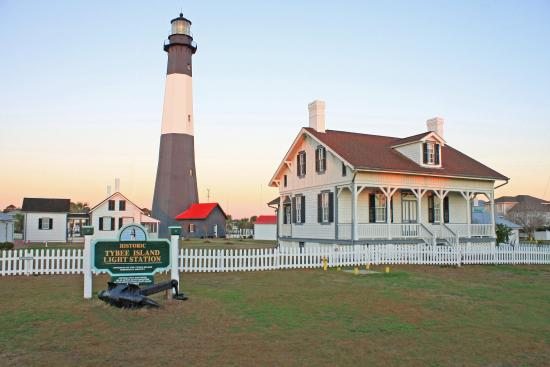 Hotel Tybee Island Lighthouse