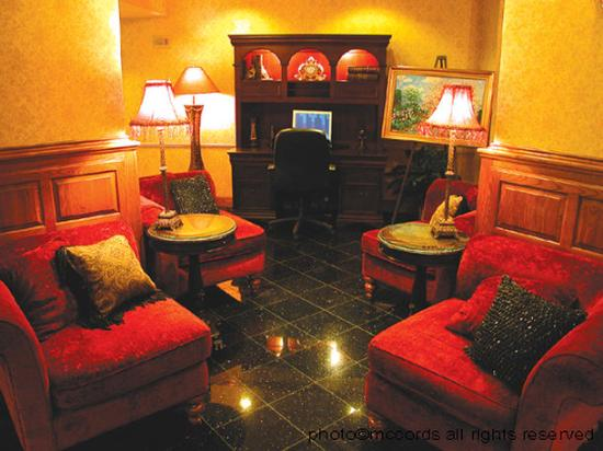 Photo of Baymont Inn & Suites Jefferson City