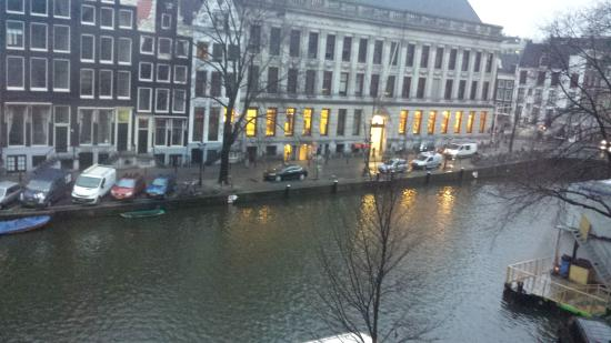 Amsterdam Jewel