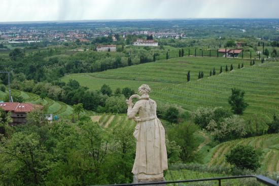 Abbey of Rosazzo (Abbazia di Rosazzo): dal terrazzo del Vicario