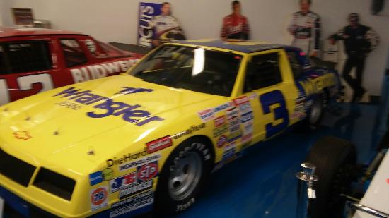Chevrolet Hall of Fame Museum: Dale Earnhardt's wrangler car