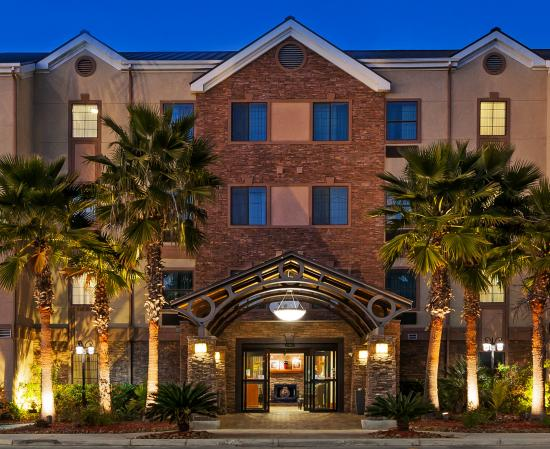 Staybridge Suites San Antonio NW near Six Flags Fiesta Texas (TX