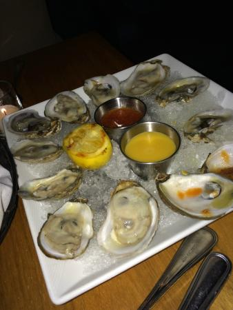 Son Cubano at Port Imperial: oysters