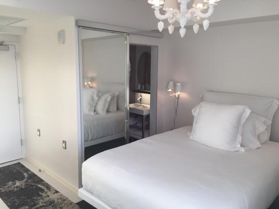 Sls South Beach Small Rooms But Clean Comfortable And Efficient